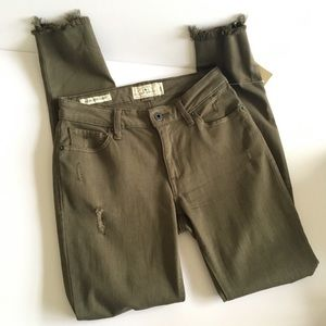 Lucky Brand Olive Colored Skinny Jeans